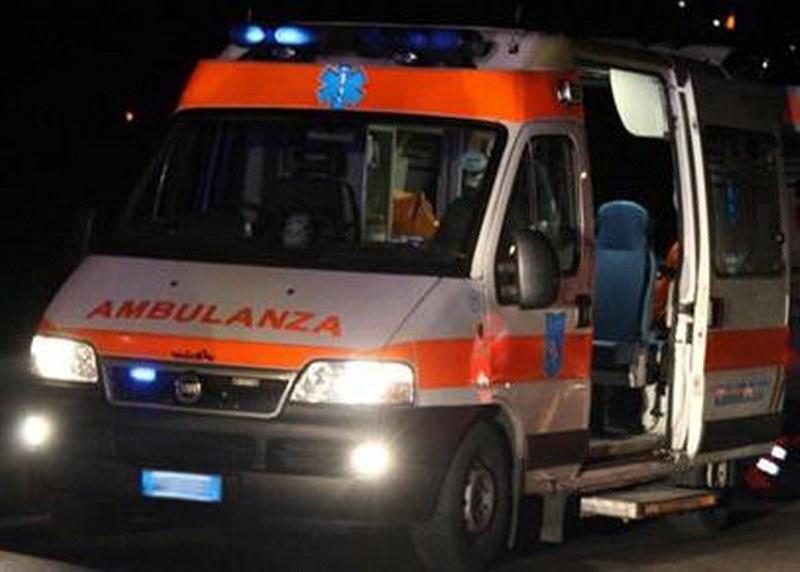 ambulanza-notte_800x572