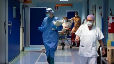 Emergenza Coronavirus, Bologna: il reparto di terapia intensiva del Sant'OrsolaEmergenza Coronavirus, Bologna: il reparto di terapia intensiva del Sant'Orsola