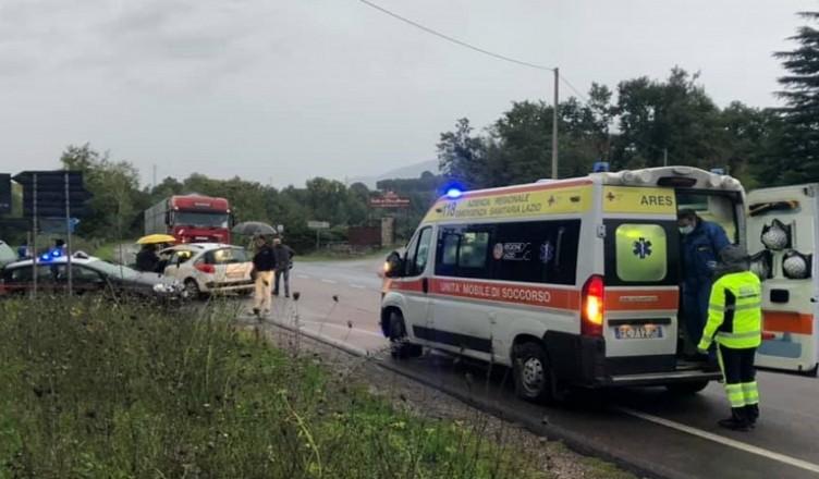 incidente anticolana auto moto